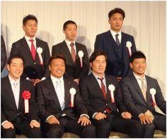 愛媛の顔になる!虎・秋山「話題作る」来季2けた勝利約束 (2) - 野球 - SANSPO.COM(サンスポ)  (via http://www.sanspo.com/baseball/photos/20131230/tig13123005020006-p2.html )