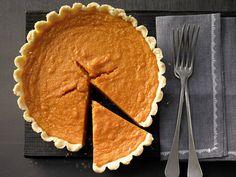 Süßkartoffel-Pie - mit Ahornsirup - smarter - Kalorien: 277 Kcal - Zeit: 30 Min. | eatsmarter.de Für Süßkartoffelfans genau das Richtige.