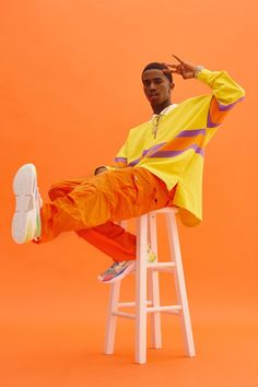 We linked with Christian Combs, whose own penchant for bright colors & bold style make him the perfect muse to bring the LQDCELL Optic to life. Human Poses Reference, Pose Reference Photo, Art Poses, Drawing Poses, Book Modelo, Photography Poses For Men, Urban Fashion Photography, Portrait Photography Men, Editorial Photography