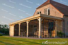 Afbeeldingsresultaat voor landelijke aanbouw House Extensions, Sunroom, Gazebo, Villa, Outdoor Structures, Mansions, Architecture, House Styles, Outdoor Decor