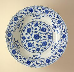 Footed Dish Turkey, Iznik, 1530s Ceramics Fritware, underglaze painted 3 7/8 x 13 in. (9.84 x 33.02 cm) | LACMA Collections