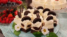 Alla recept i kategorin Student och examen Nom Nom, Cake Decorating, Recipies, Cheesecake, Goodies, Ice Cream, Sweets, Eat, Glass