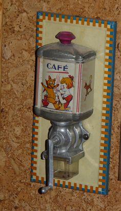 Moulin à café  de  dînette
