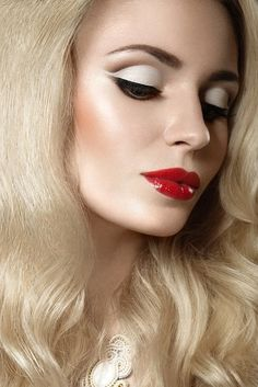 Simply about all Blonde Women, Red Blonde, Red Lips, Septum Ring, The Voice, Beautiful Women, Make Up, Hair, Woman