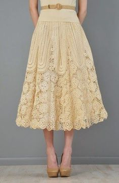 lacy lined crochet skirt Pretty and lacy macrame skirt. I do love below-the-knee skirts. midi ivory lace skirt// Gorgeous, and so feminine Loveliest skirt ever. This is a gorgeous skirt! Crochet Skirts, Crochet Clothes, Crochet Lace, Pretty Outfits, Beautiful Outfits, Cute Outfits, Dress Skirt, Lace Skirt, Dress Up