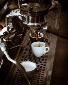 Love Coffee - Makes Me Happy