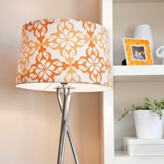 Easy way to make a boring lampshade pretty!