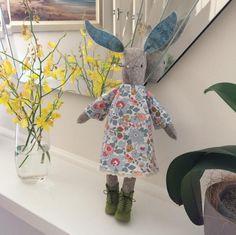 Miss Maggie Rabbit - poppykettle.com