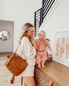 Teaming up with one of my fav companies and some other IG mamas to give away a little sunshine during this crazy time! ☀️ 12 winners will… Mom Dad Baby, Baby Kids, Baby Pictures, Baby Photos, Cute Kids, Cute Babies, Aspyn And Parker, Poses, Aspyn Ovard