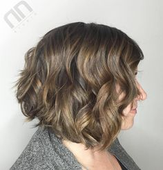 Ash+Brown+Bob+With+Golden+Blonde+Highlights