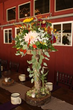 I love these centerpieces!  They were absolutely perfect for an October wedding!  www.sawyerfamilyfarmstead.com