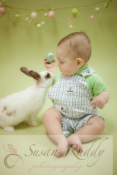 easter portraits with live bunnies   www.susanruddyphotography.com