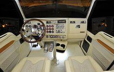 Nice kenworth interior! Classy lookin!