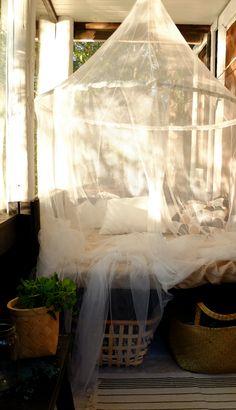 PIENI MUSTA MÖKKI: MÖKKI Outdoor Furniture, Outdoor Decor, Outdoor Spaces, Beach House, Cottage Ideas, Bed, Balcony, Terrace, Chill