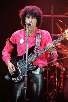 PHIL LYNOTT - THIN LIZZY