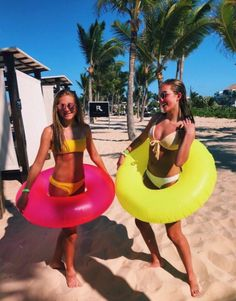 Pin de 𝚊 𝚗 𝚍 𝚒 en summer bff pictures, summer pictures y summer goals. Bff Pics, Photos Bff, Cute Friend Pictures, Friend Photos, Best Friend Fotos, Shotting Photo, Summer Feeling, Summer Vibes, Summer Goals