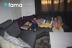 Biberons sur canapé  - 7 Photo Contest Fama, sofas to enjoy at home