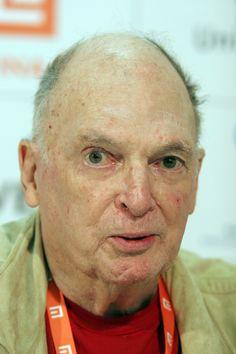 Lorenzo Semple Jr., Creator of TV's 'Batman,' Dies at 91