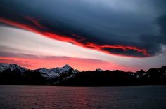 Heavenly Fire Over the Antarctic Photo by Raymond Liu — National Geographic Your Shot