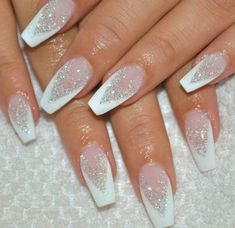 French Nails, Bridal Nails French, Ongles Gel French, Winter Nail Art, Winter Nails, French Manicure Designs, Nail Art Designs, Holiday Nail Designs, Nagellack Trends
