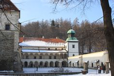 zamek - Sucha Beskidzka #Sucha #Beskidzka #zamek #Tarnowskich #Polska #małopolskie #powiat #suski #Beskidy #Poland #mały #Wawel