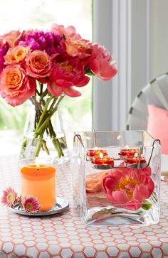 Enjoy #Peony, new from PartyLite – the lush, sweet scent of floral petals mingled with green and peachy notes.  Elevate this new fragrance  to instant elegance when you add peony tealights to the striking square silhouette of the Clearly Creative Cube Tealight Holder, or keep it simple with an Escential Jar Candle. Experience Peony and nine new fragrances from PartyLite in a variety of forms at PartyLite.com.