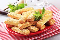 A legfinomabb sós sütik a szilveszteri buliba: ezekre csúszik csak igazán a pezsgő - Recept | Femina Chicken Wings, Green Beans, Carrots, Vegetables, Food, Essen, Carrot, Vegetable Recipes, Meals