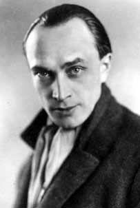 """Conrad Veidt. """"Der Dieb von Bagdad"""" war auch der einzige Farbfilm, in dem Veidt je zu sehen war, leider, wie jeder zugeben wird, der jemals in """"Jaffars"""" stahlblaue Augen gesehen hat."""