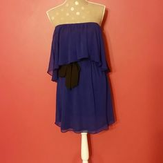 UO Off the Shoulder Dress This dress can be anything you want it to be! Sexy >Cute>Casual>Professional>Can be worn two different ways. Belt is detachable. Excellent condition - only tried on. Kimchie Blue Urban Outfitters Dresses