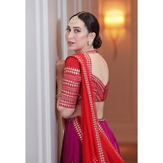 Latest Blouse Back Designs to Ignite Your Imaginations – LUK Stunning Saree Blouse Neck Designs, Fancy Blouse Designs, Bridal Blouse Designs, Lehenga Designs, Dress Indian Style, Indian Outfits, Indian Attire, Indian Wear, Stylish Blouse Design