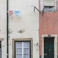 #wallportrait #notmypanni in pastel colors. . #lisboalovers #lisboa #lisbon #lisbonforever #igerslisboa #portugal #portugal lovers