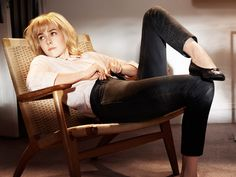 Jena Malone, Elisabeth Moss, Zosia Mamet, and Other Celebs Highlight Personal Style in Gap's Fall Ad Campaign Jena Malone, Big Fashion, Fashion News, Fashion Brands, Fashion Styles, Normcore Fashion, Elisabeth Moss, Gap Dress, What To Wear