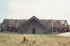 Te Miringa Te Kakara was a very old marae and papakainga and was the site of the last known whare wananga of Tainui