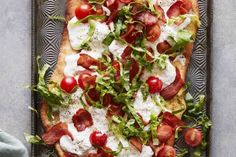 BLT Flatbread With Burrata, Crushed Red Pepper Flakes, Center Cut Bacon, Cherry Tomatoes, Romaine Lettuce Whats Gaby Cooking, Slow Cooking, Cooking Recipes, Healthy Recipes, Flatbread Recipes, Flatbread Pizza, Flatbread Ideas, Flatbread Toppings, Grilled Flatbread