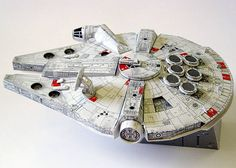 Star Wars - Millenium Falcon Ver.3 Free Papercraft Download - http://www.papercraftsquare.com/star-wars-millenium-falcon-ver-3-free-papercraft-download.html#MilleniumFalcon, #StarWars