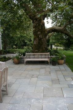 Large backyard landscaping ideas are quite many. However, for you to achieve the best landscaping for a large backyard you need to have a good design. Large Backyard Landscaping, Outdoor Patio Designs, Landscaping Ideas, Backyard Ideas, Patio Ideas Off House, Garden Ideas, Paving Ideas, Pergola Patio, Diy Patio