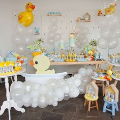 Mickey, you're so fine You're so fine you blow my mind, hey Mickey, hey Mickey! Rubber Ducky Birthday, Bubble Birthday, Baby Girl First Birthday, Ducky Baby Showers, Rubber Ducky Baby Shower, Baby Shower Unisex, Baby Boy Shower, Baby Shower Parties, Baby Shower Themes