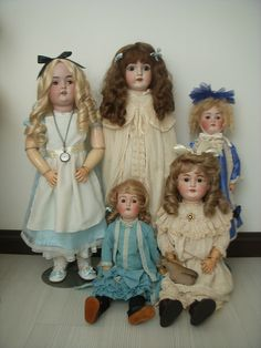 Creepy eyes dolls, again  Antique german dolls, these aliens are all over the world, they have taken over, Victorian Dolls, Antique Dolls, Vintage Dolls, Bear Doll, Creepy Dolls, Bisque Doll, Old Dolls, Dollhouse Dolls, Collector Dolls