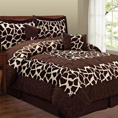 @Overstock - The animal prints on the soft micro suede fabric will add a fresh touch of wilderness to your bedroom decor.http://www.overstock.com/Bedding-Bath/Fashion-Street-Animal-Print-6-piece-Micro-Suede-Comforter-Set/7626782/product.html?CID=214117 $69.99