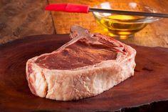 BISTECA BOVINA OU CHULETA - corte extraído do contrafilé, também conhecida como bife de chorizo com osso. Para obtê-la, é preciso manter o contrafilé.  http://www.feed.com.br/corte/bisteca-ou-chuleta/