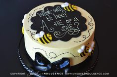 What will it bee?? A boy or a girl?! (Gender reveal cake)