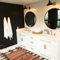 """""""So beyond thrilled to share this awesome black and white bohemian bathroom. The black wall worked out and I love the special fringe towels from Except for the done hardware Decoration Inspiration, Bathroom Inspiration, Bathroom Inspo, Design Inspiration, Decor Ideas, Home Design, Bohemian Bathroom, Bathroom Vintage, Diy Home"""