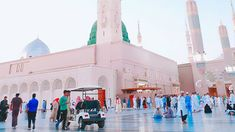 Madinah Al-Munawarah is the home to Masjid-e-Nabawi where the Holy Prophet Mohammad (PBUH) is buried. The city is the second holiest city in Islam.  #Madinah #AlMunawarah #City #Prophet #Muhammad