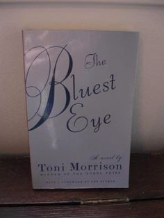 The Bluest Eye  Toni Morrison Paperback Book First Vintage International Edition