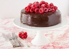 A phenomenal recipe for Chocolate Fudge Cake. Words like decadent and indulgent were invented to describe a moist chocolate fudge cake recipe like this. Moist Chocolate Fudge Cake Recipe, Chocolate Recipes, Chocolate Cakes, Cupcakes, Cupcake Cakes, Yummy Things To Bake, Rodjendanske Torte, Box Cake Recipes, Muffins