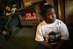 Why It Might Be Time to Treat Child Poverty Like a Medical Condition New research reveals that kids growing up in low-income homes have less-developed brains than their wealthier peers. American Diet, Native American, Education Policy, Kids Growing Up, Economic Development, New Politics, School Counselor, Social Issues, Medical Conditions