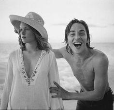 Melanie Griffith & Don Johnson. Sooooo young.
