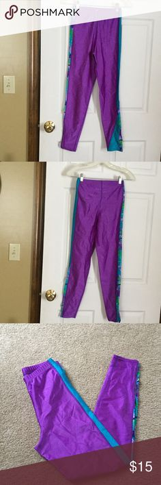 RainBeau BodyWear Yoga Pants Size is torn out but they are small.  Very stretchy material.  Very good condition.  Only worn 2 times. 35 inches from waist to bottom of pants. Rainbeau Pants