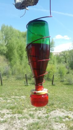 Dirt Road Renaissance: Make your own homemade Hummingbird Feeders-building with recyled and re-purposed bottles, jars and homemade feeding tubes