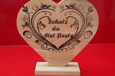 Buche Herz mit Gravur  Geschenk zum Valentinstag